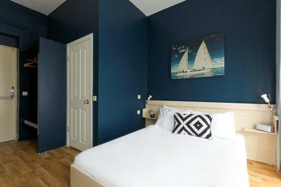 Portus House: Deluxe Ensuite Double Room