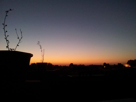 Hotel Pleasant Haveli:                                     dawn on the rooftop