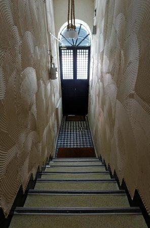 Portus House Istanbul: Entrance