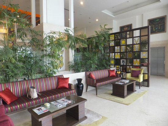 Lemon Tree Premier, Leisure Valley, Gurgaon:                   Lobby
