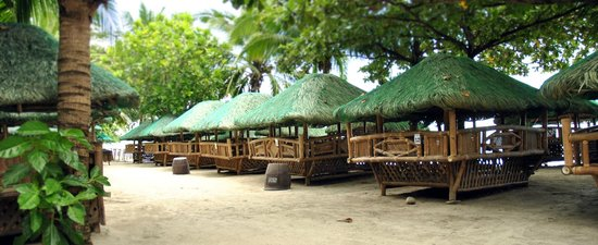 Camayan Beach Resort and Hotel: Beach Cabana