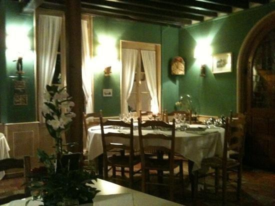 La Solognote :                                     Salle de restaurant