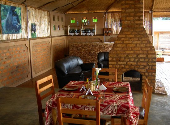 Bakiga Lodge:                   dining room