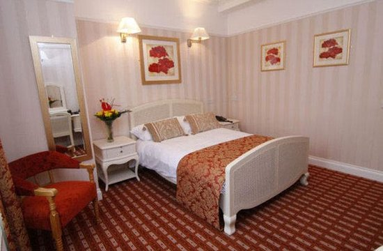 Castle Hotel: Double Room