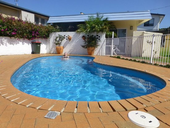 Merimbula Gardens Motel: good sized clean pool