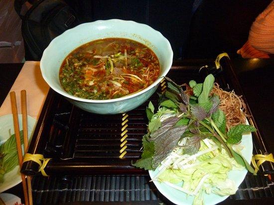 Hallo Vietnam: Bún bò Huế