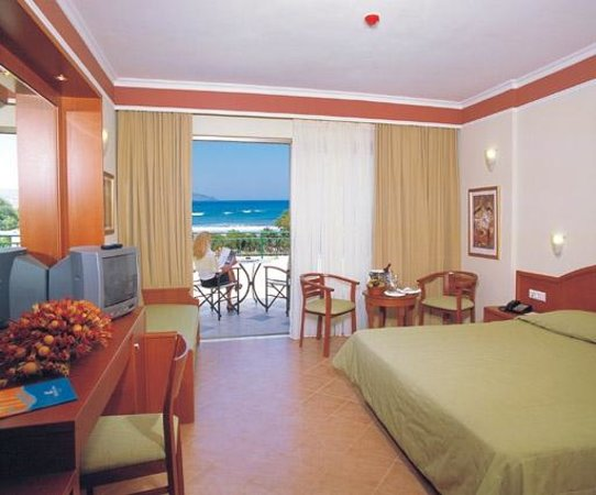 Hydramis Palace Beach Resort: DOUBLE SEAVIEW