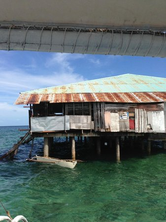 Moevenpick Hotel Mactan Island Cebu: The snorkelling trip 'restaurant' from the water
