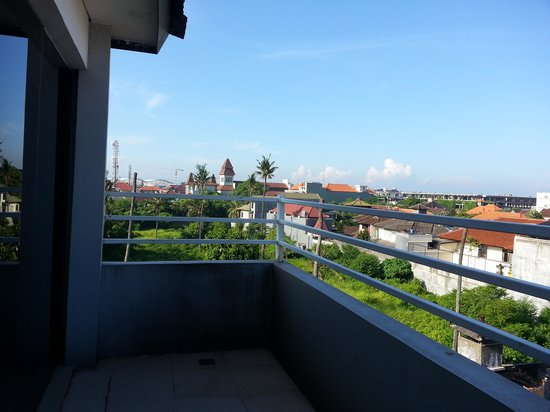 A Residence Kuta:                   ngurah rai airport  can be seen from 4th floor