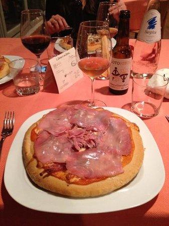 Corte Zanella: pizza con tonno affumicato