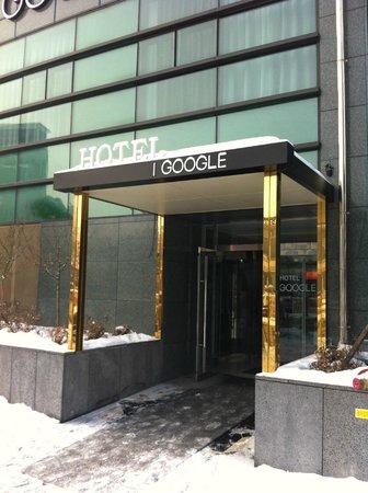 I Google Hotel:                   旅館入口