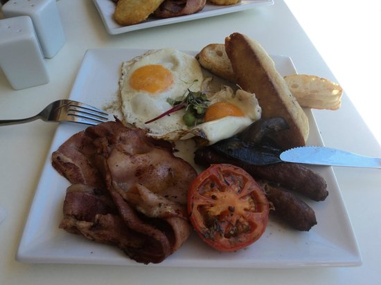 Emu Point Cafe:                   The full Breakfast (The Hangover) VERY OVER PRICED $20