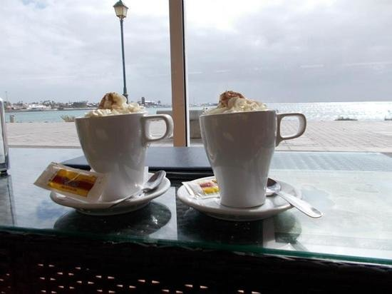 Beach Cafe: one of the nicest coffee we had in caleta