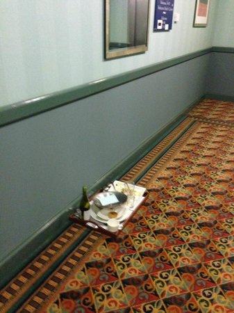 Hellaby Hall Hotel:                                                       Corridor