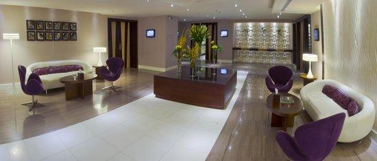 Novotel Suites Riyadh Olaya : Foyer
