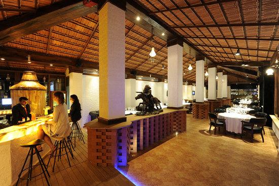 PNF Restaurant & Bar: getlstd_property_photo