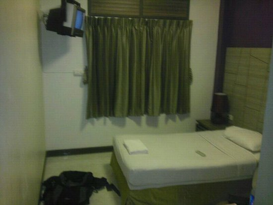 Rambuttri Village Inn & Plaza:                   Single Zimmer / 3.Etage