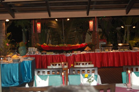 Khaolak Orchid Beach Resort: buffet