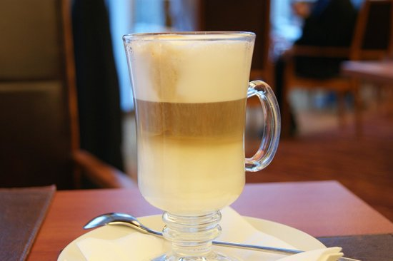 InterContinental Hotel Warsaw: Café Latte
