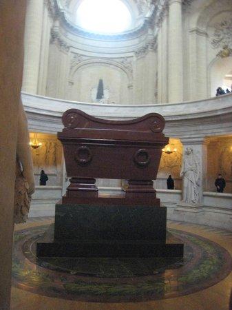 Army Museum: Napoleon's tomb