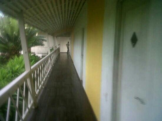 Biak, Indonésie : the alley
