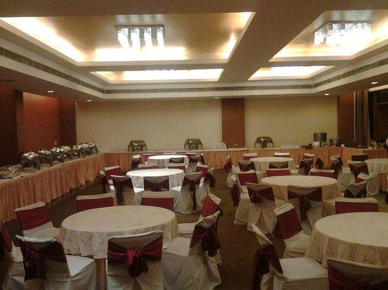 Hans Resorts: banquet hall