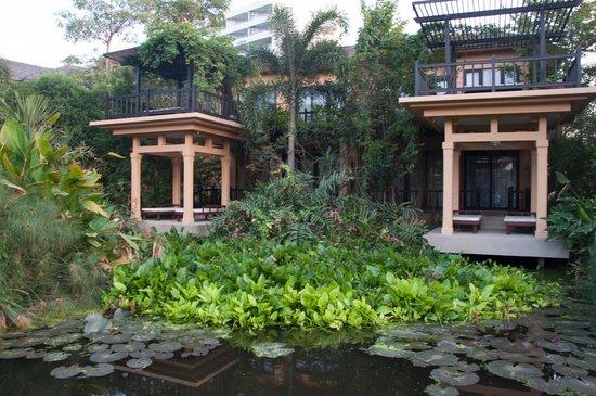 Asara Villa & Suite: Deluxe Suiten mit viel Natur