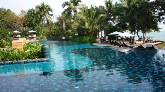 Mövenpick Asara Resort & Spa Hua Hin: Poolanlage