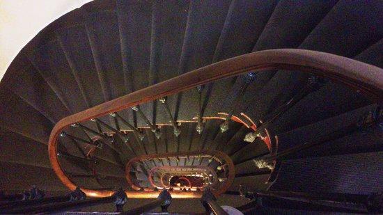 Hotel Amarys Simart: Escaleras