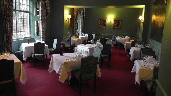 Ardanaiseig Hotel:                   Dining room