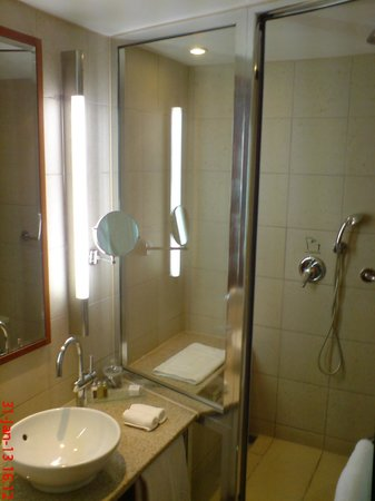 Sofitel Athens Airport:                   Nice large bathroom with quality shampoos, lotions etc and gowns....