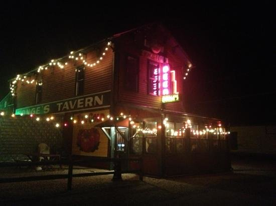 Bonge's Tavern: view from the street