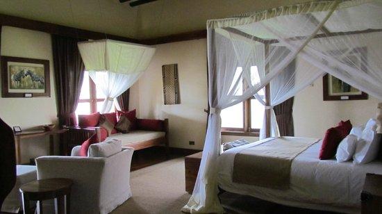 Neptune Ngorongoro Luxury Lodge: bedroom (has excellent bath as well)
