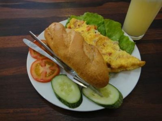 Vientiane Travellers House :                   宿の朝食