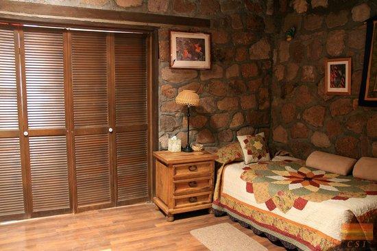 D.D. Gamble Guest Lodge: Bird Room