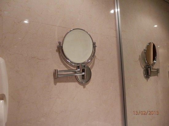 Hotel Olympia :                   Espejo