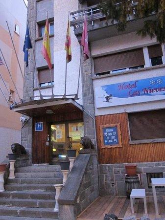 Hotel Las Nieves :                   外観