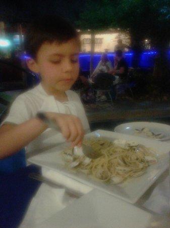 El Mundo :                   Gli spaghetti alle vongole di Giacomo