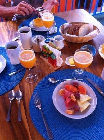 El Jardin Hotel: breakfast