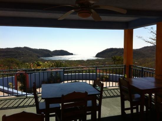 El Jardin Hotel: breakfast balcony