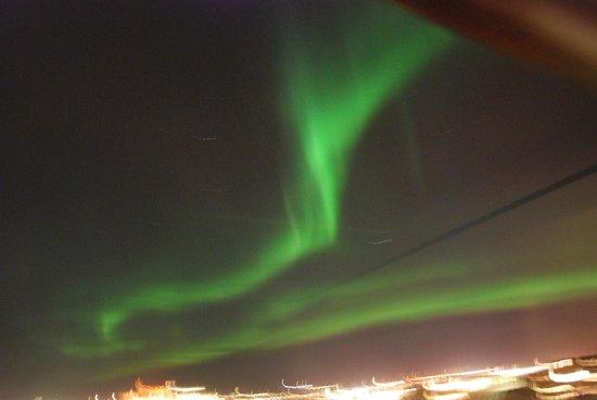 هوتل هولت:                   Aurora Borealis from the 4th floor                 