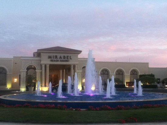 Jaz Mirabel Beach:                   Entrance: Fountain and Sunset Sky.