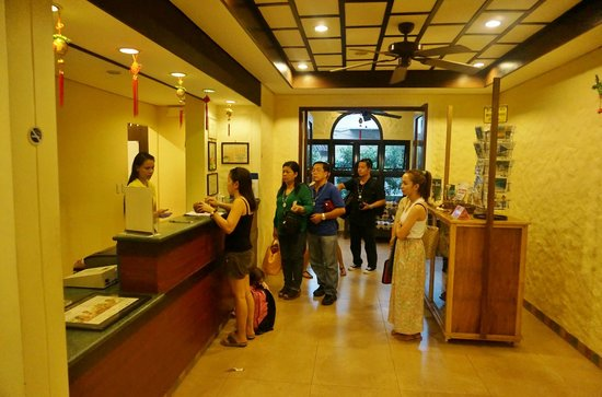 Microtel Inn & Suites by Wyndham Boracay:                                     Reception