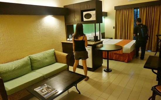 Microtel Inn & Suites by Wyndham Boracay:                                     Suite room