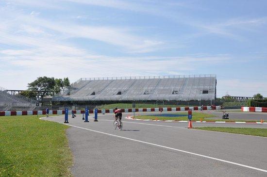 Circuit Gilles Villeneuve : Room to Ride