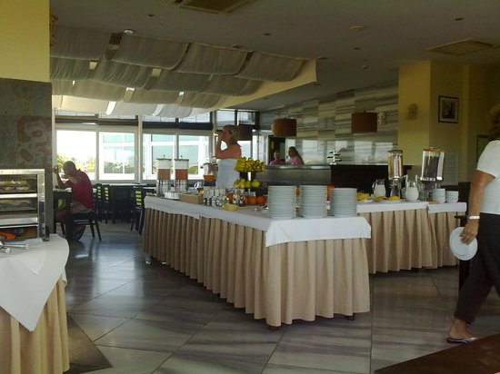 Velamar Budget Boutique Hotel:                   velamar breakfast room