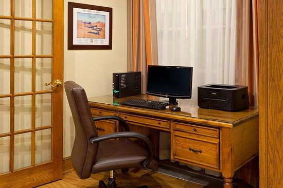 Country Inn By Carlson, Millville: CountryInn&Suites Millville  BusinessCenter