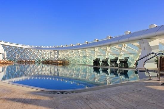 Yas Viceroy Abu Dhabi:                   I love the pool