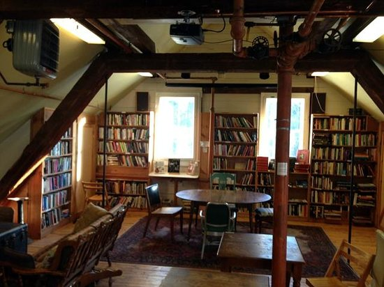 Montague Bookmill:                   Second floor loft area view.