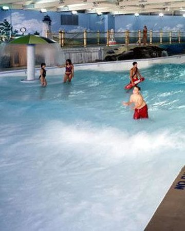 Cape Codder Resort & Spa: Wave Pool